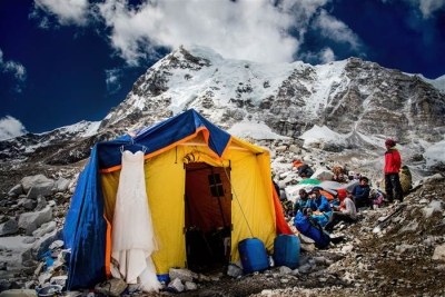 everest-wedding-5917-today-02 3598caa4b78d68b61427509754f1d15b.today-inline-large